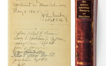 Sách của Hitler bán đấu giá được 20.655 USD
