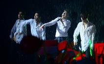 Noo Phước Thịnh vô địch The Remix sau màn hát dưới mưa?
