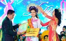 Trần Thị Thủy đoạt giải quán quân Duyên dáng áo dài