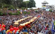 Hàng ngàn người dự lễ hội Quán Thế Âm