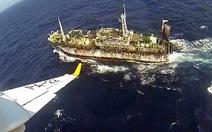 Tàu cá TQ ồ ạt xuống biển Đông: Indonesia, Malaysia bất bình