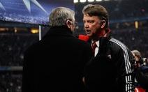 Cựu HLV Alex Ferguson bảo vệ ông Van Gaal