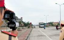 """Nâng tốc độ chạy xe, bắn tốc độ ở Sài Gòn """"ế"""""""