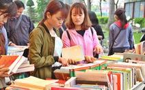 """Huế mở """"Phiên chợ sách cũ"""" cả chục ngàn đầu sách"""