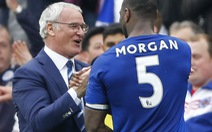 """Leicester """"tặng quà sinh nhật"""" cho chủ tịch người Thái"""