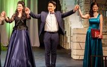 Ninh Đức Hoàng Long và giải opera quốc tế