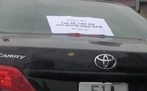 """Mới lái xe hơi xin """"đại xá"""", bà con đồng ý không?"""