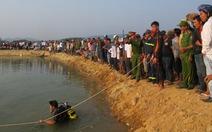 Nỗi đau quặn lòng đổ xuống những ngôi làng nghèo bên sông Trà