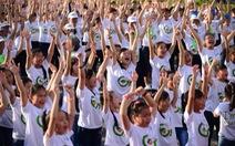 Người khiếm thính nhảy flashmob vì môi trường