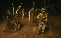 """Ấn Độ vận hành 8 """"bức tường"""" laser dọc biên giới Pakistan"""
