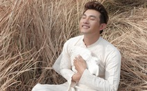 Hồng Ân ra album 8 ca khúc da vàng của Trịnh Công Sơn