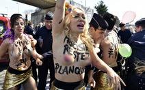 Phụ nữ cởi trần biểu tình ngày 1-5 ở Pháp bị bắt