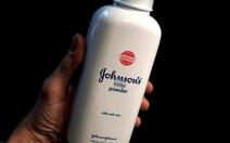 Johnson & Johnson lại thua kiện phấn rôm gây ung thư