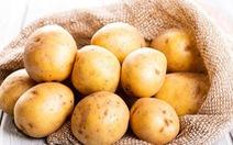 Trị nếp nhăn và thâm quầng mắt bằng khoai tây