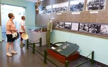 Xem 87 hình ảnh, hiện vật tù binh phi công Mỹ