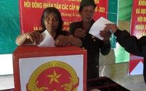 Bầu cử sớm ở vùng biên cương, hải đảo