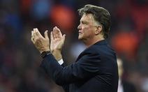 Ông Van Gaal chính thức bị sa thải