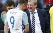 HLV Hodgson tin Vardy có thể đá cánh