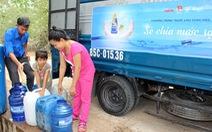 """""""Sẻ chia nước sạch"""" cho vùng hạn Ninh Thuận"""