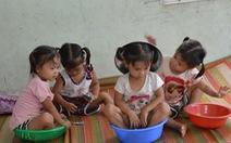Việt - Nam - Hạnh - Phúc của người mẹ nghèo sinh tư