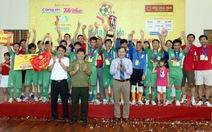 Phú Thọ đăng quang Giải bóng đá trẻ em có hoàn cảnh đặc biệt 2016