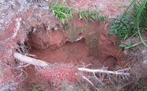 Thanh Hóa: Ba phu đào vàng đang mắc kẹt trong hang