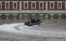 Pháp tổn thất cả 2 tỉ euro vì lũ lụt