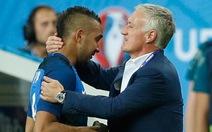 HLV Deschamps khen Payet, chưa hài lòng với Pogba