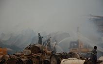 Chưa dập tắt được đám cháy khu công nghiệp Trảng Bàng