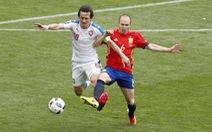 Iniesta – nguồn cảm hứng cho chiến thắng của Tây Ban Nha