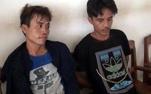 Bắt hai người Lào mang 12 ngàn viên ma túy đi bán