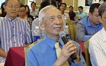 Nhà nghiên cứu Nguyễn Đình Đầu ra sách khi đang nằm bệnh