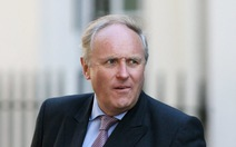 Hơn 40.000 người đòi sa thải tổng biên tập Daily Mail
