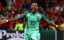 Quaresma đưa Bồ Đào Nha vào tứ kết sau 120 phút