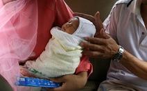 Sau sinh, người mẹ dễ trầm cảm