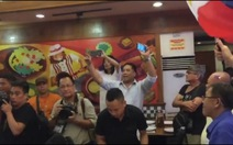 Dân Philippines reo hò khi có kết quả phán quyết PCA