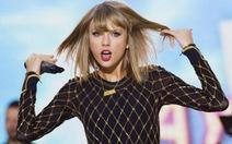 Taylor Swift thu nhập cao hơn Ronaldo và Messi cộng lại