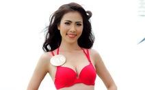 Người đẹp phía Nam khoe dáng với bikini