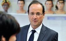 Thợ cắt tóc cho tổng thống Pháp nhận lương 11.000 USD/tháng