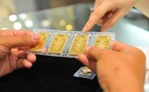 Giá vàng lại rơi khỏi ngưỡng 37 triệu đồng/lượng