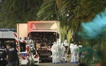 Thủ tướng Pháp tuyên bố học cách sống chung với khủng bố