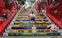 Những bậc thang Selaron nghệ thuật ở Rio de Janeiro