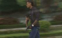 Bắt đối tượng gí súng vào bé trai rồi cướp taxi
