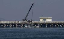 Thủy phi cơ Trung Quốc đụng cầu đường bộ, 5 người chết
