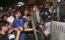 DânArmenia đụng độ cảnh sát ngay nơi bắt cóccon tin