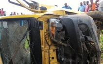 Tàu hỏa Ấn Độtông xe đưa rước học sinh, 7 trẻ tử vong