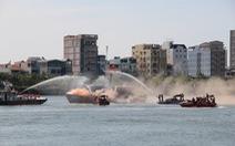 Việt Nam - Hoa Kỳ diễn tập cứu nạn trên sông Hàn