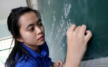 Áo xanh tình nguyện trên đất Lào