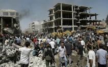 IS đánh bom képở Syria, 44 người chết