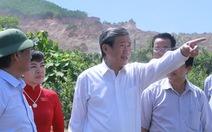 Dân kêu ô nhiễm, ông Đinh Thế Huynh đi thẳng xuống mỏ đá tìm hiểu